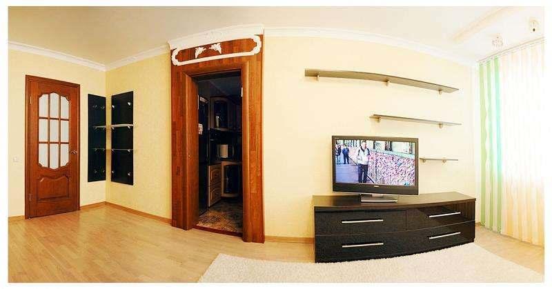 1-комнатная квартира на Независимости с джакузи. Фото