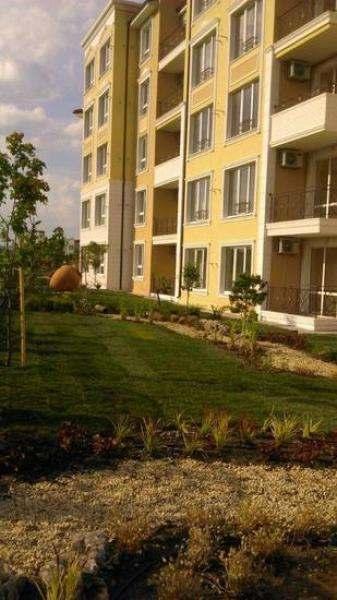Роскошный жилой комплекс в Равде.. Фото