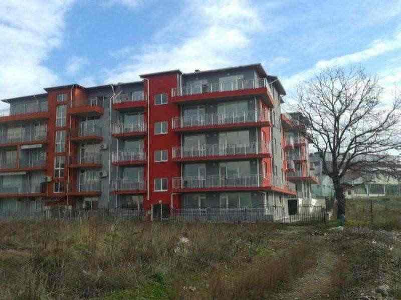 Новые квартиры с акт 16 в Приморско.. Фото