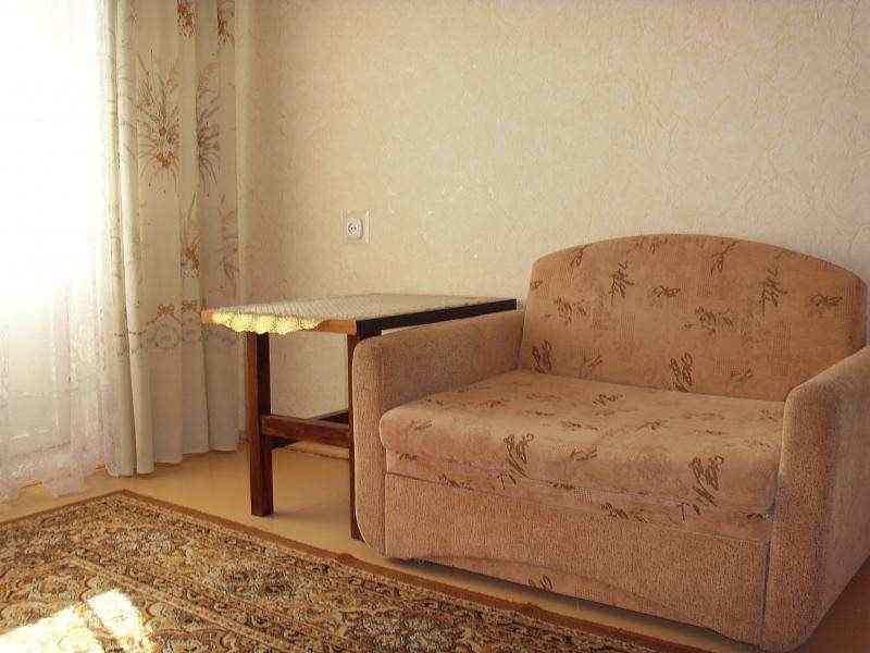 1 комн.квартира напротив ГИППО на сутки, часы. Фото 1