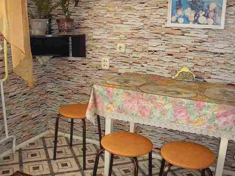 2 комн.квартира на сутки напротив ГИППО. Фото 1