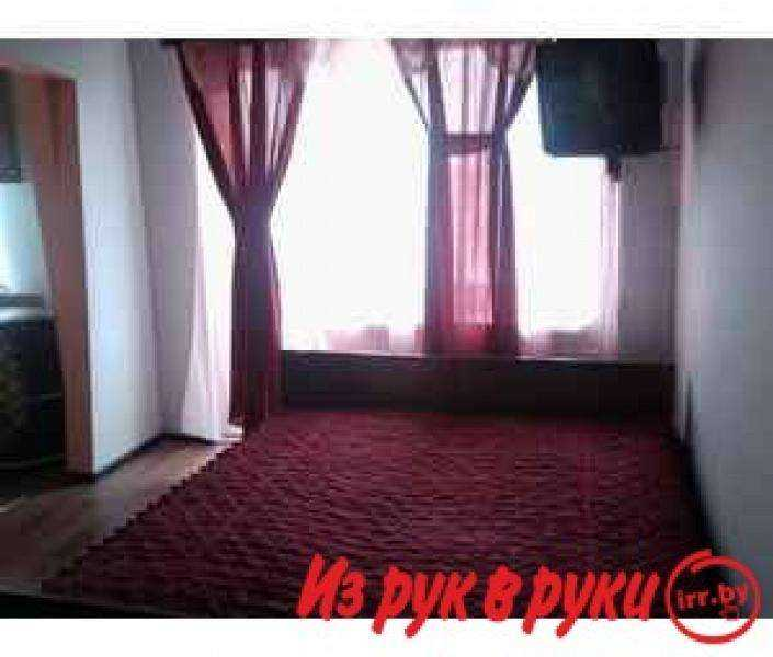Предлагаем в посуточную аренду уютную 1- комнатную квартиру с современным ремонтом. Р-н Шмидта пересечение Островского.Имеется в. Фото 1