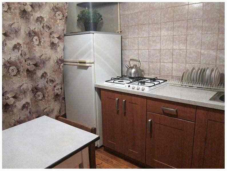 Квартира на сутки 1-я по ул. Лазаренко