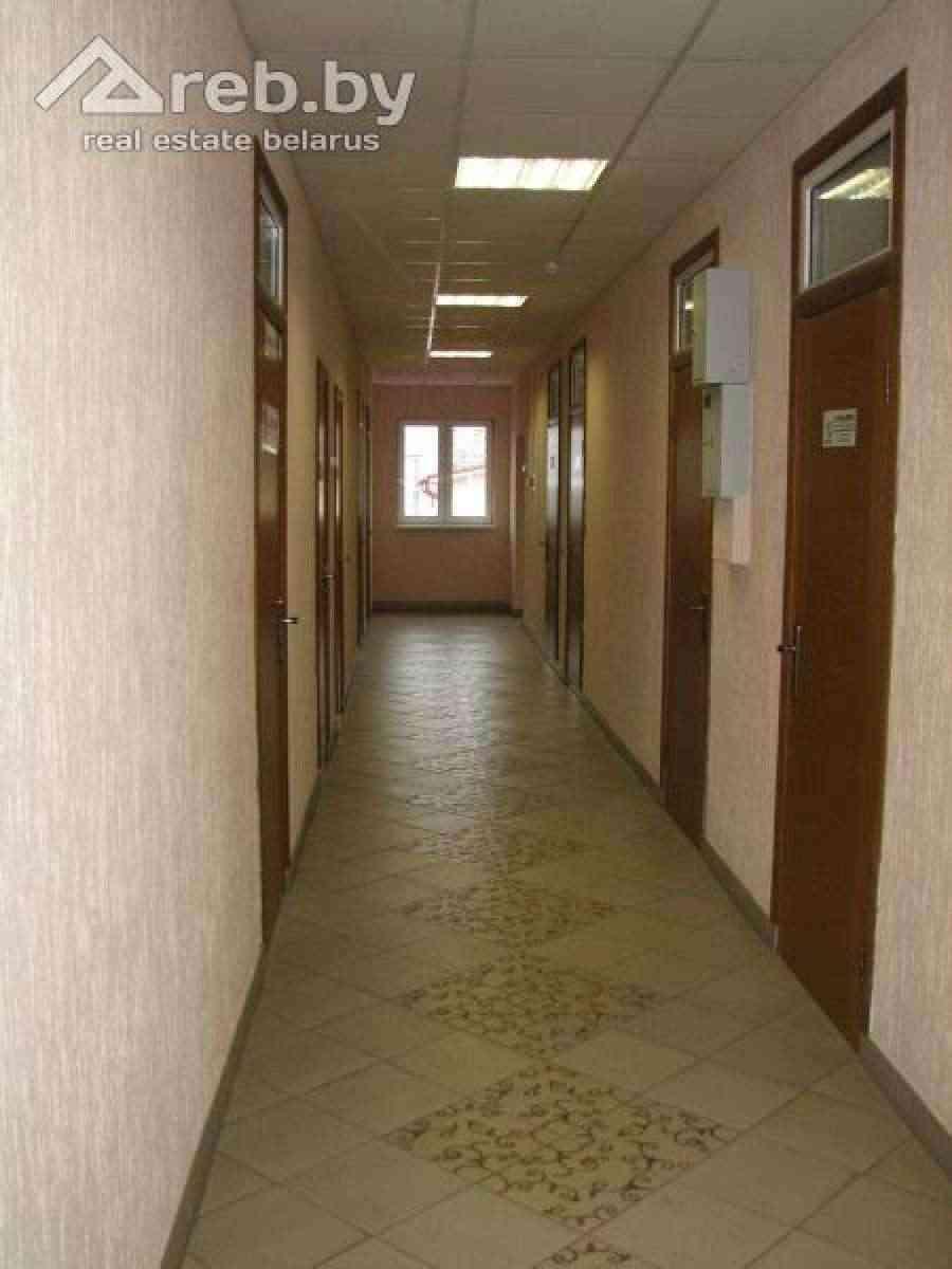 Недорогие современные офисы  в аренду в административном здании