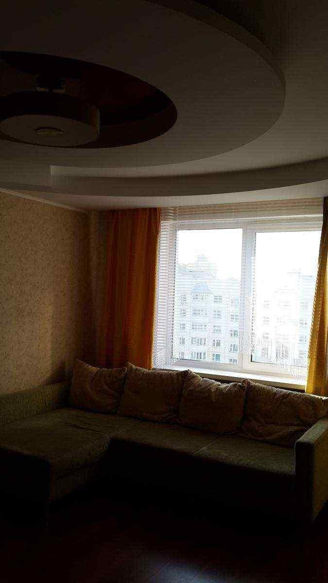 Двухкомнатную квартиру на длительный срок без посредников.. Фото
