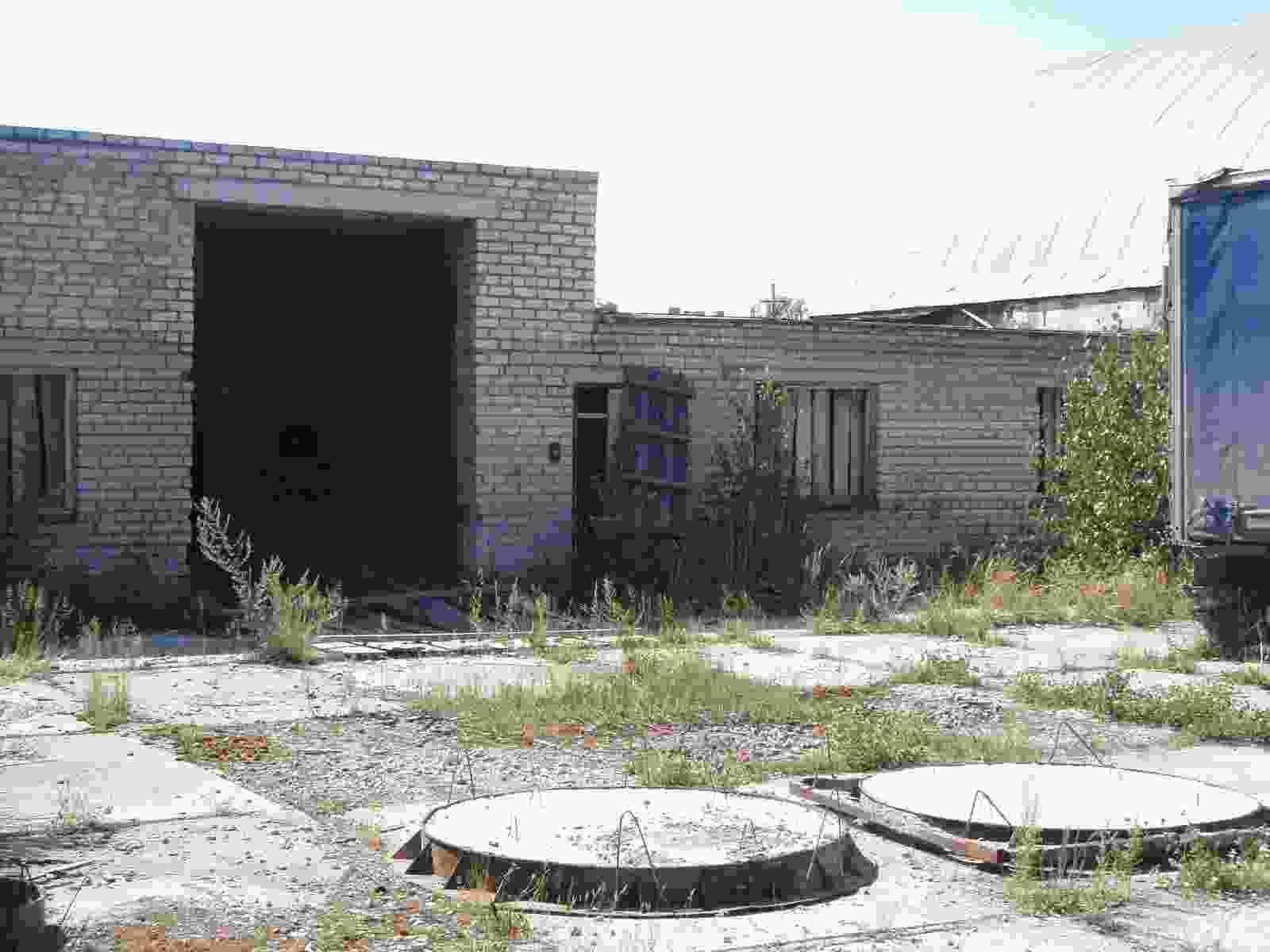 Продаю (сдаю в аренду) здание, помещение (ангар, арочник) под склад, производство.. Фото 4