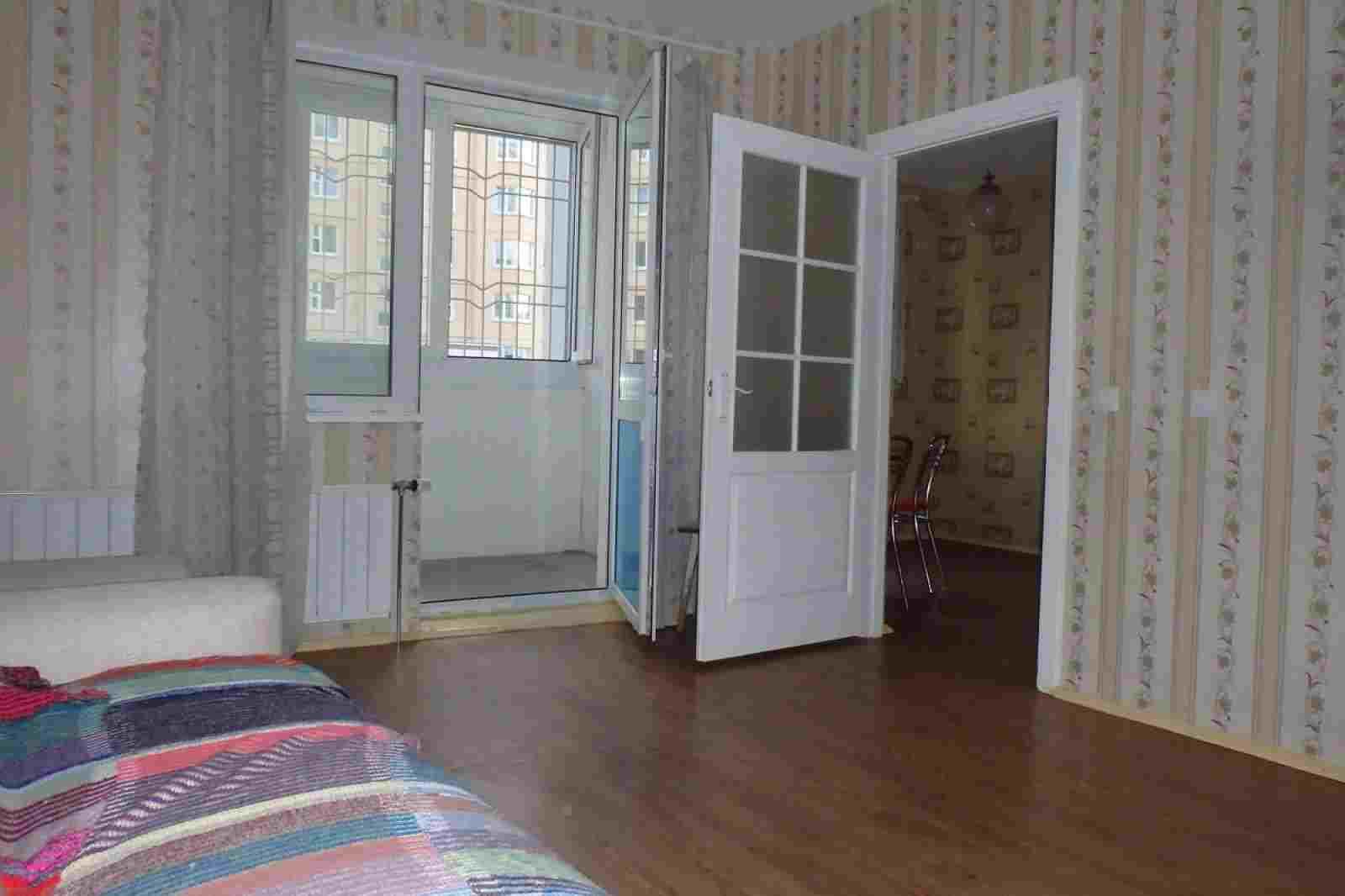 Продается квартира с дополнительным отдельным входом. Возможна рассрочка платежа.. Фото