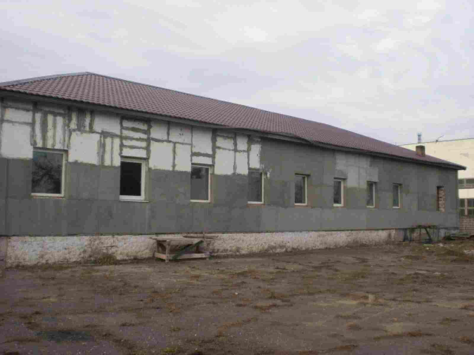 Продается здание с хорошим расположением и большим участком в Бобруйске