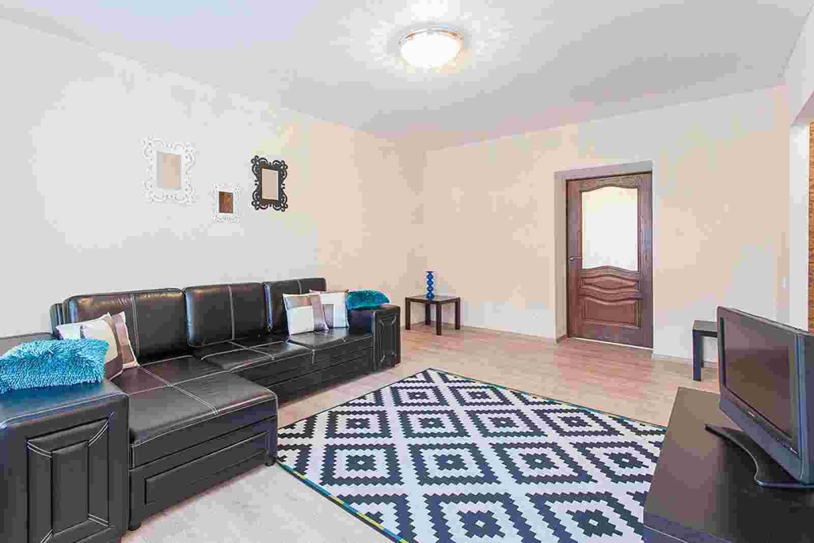 1-2-3 комнатные апартаменты в центре. Фото