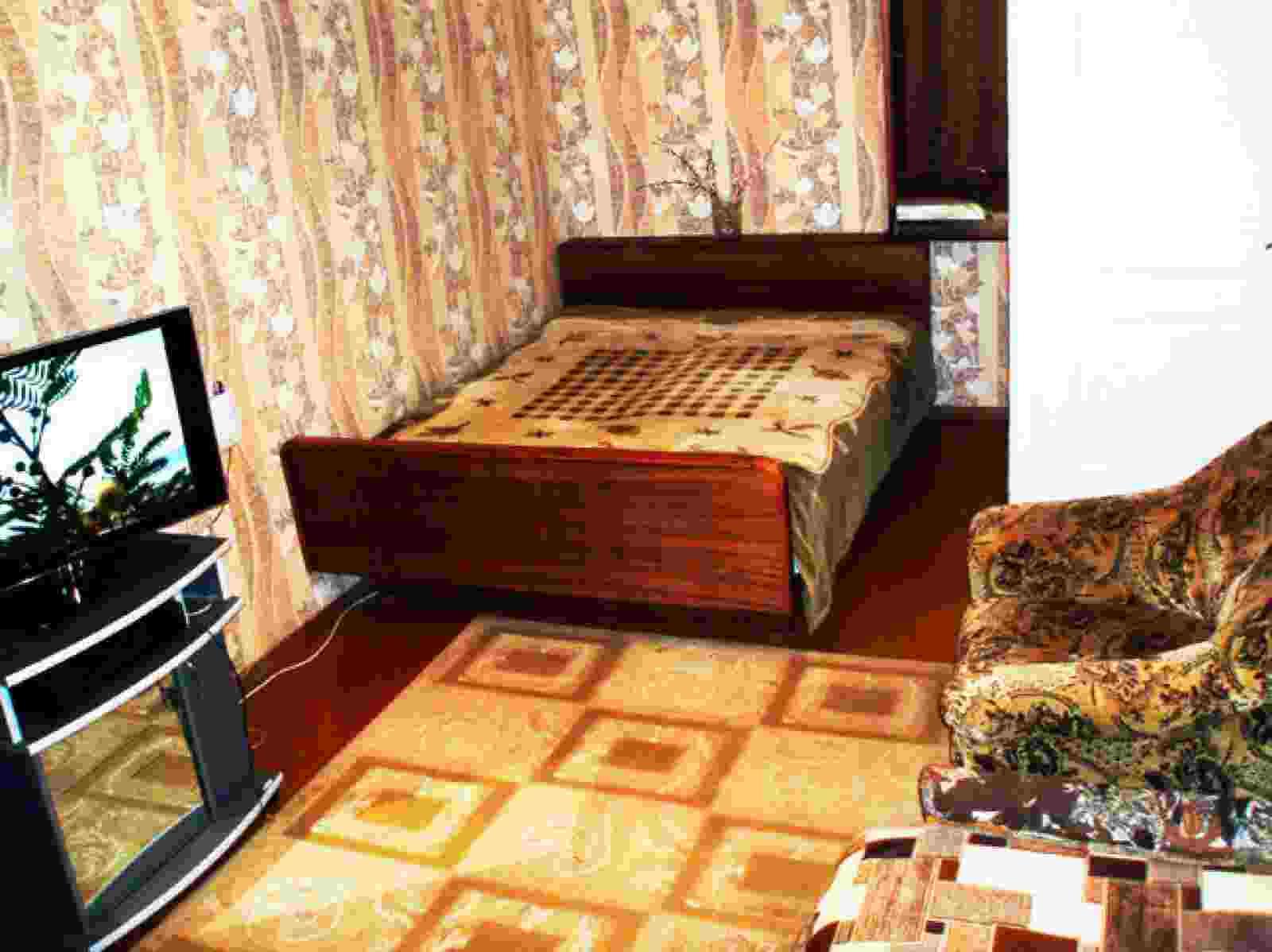 2-комн.квартира на Юбилейном по суткам. Фото 1