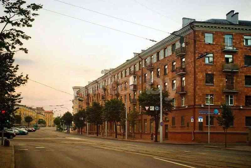3 - комнатная квартира (метро Площадь Победы). Фото