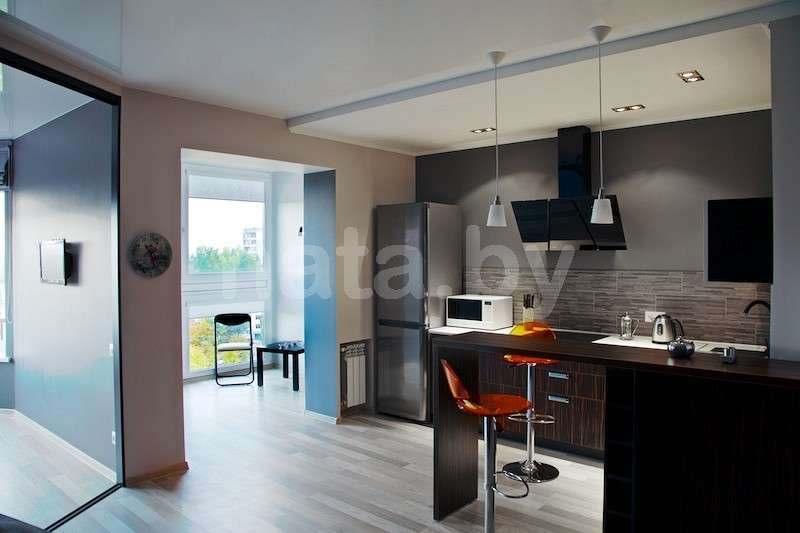 Огромная, просторная, светлая квартира-студия(50 м2)от собственника, с суперсовременной планировкой,(безлимитный WI-FI). Фото