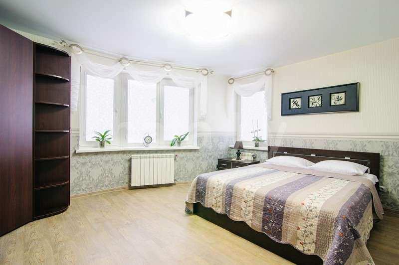 2-комнатная квартира на сутки (часы)  в центре Минска в новом доме с видом на Ботанический сад, Нац. Библиотеку