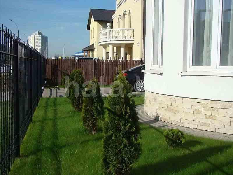 2-х уровневый коттедж в Минске сдается на длительный срок. Фото