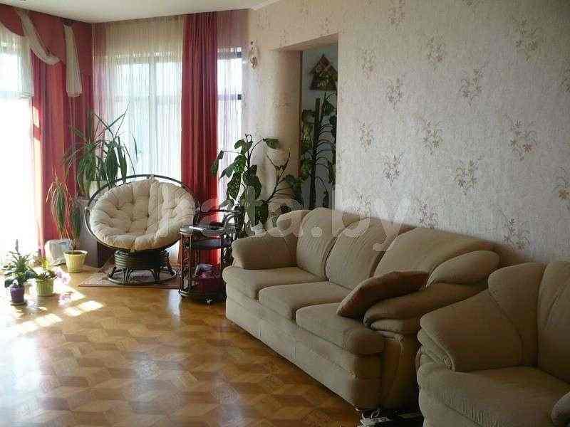 Продается коттедж в г. Фаниполь. Фото