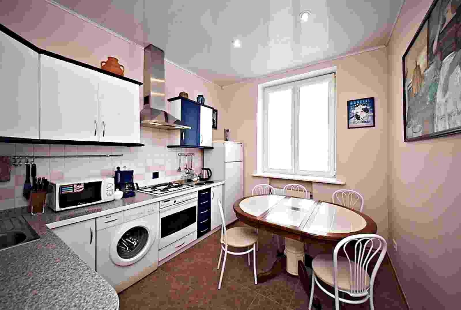2-ком квартира -студия в самом центре Минска проспект Независимости 52 (ЦЕНТР),ст. метро Якуба Коласа.Без посредников. Фото