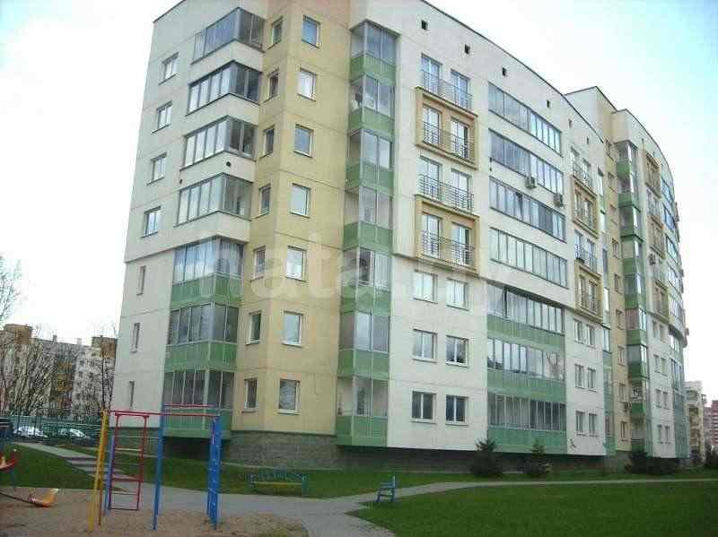 Сдам в аренду на длительный срок 4-х комнатную квартиру, г. Минск, ул. Гвардейская, дом 14. Фото