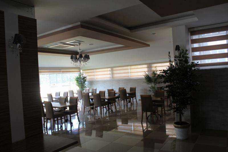 Срочная продажа квартиры в Турции, в Авсалларе.. Фото