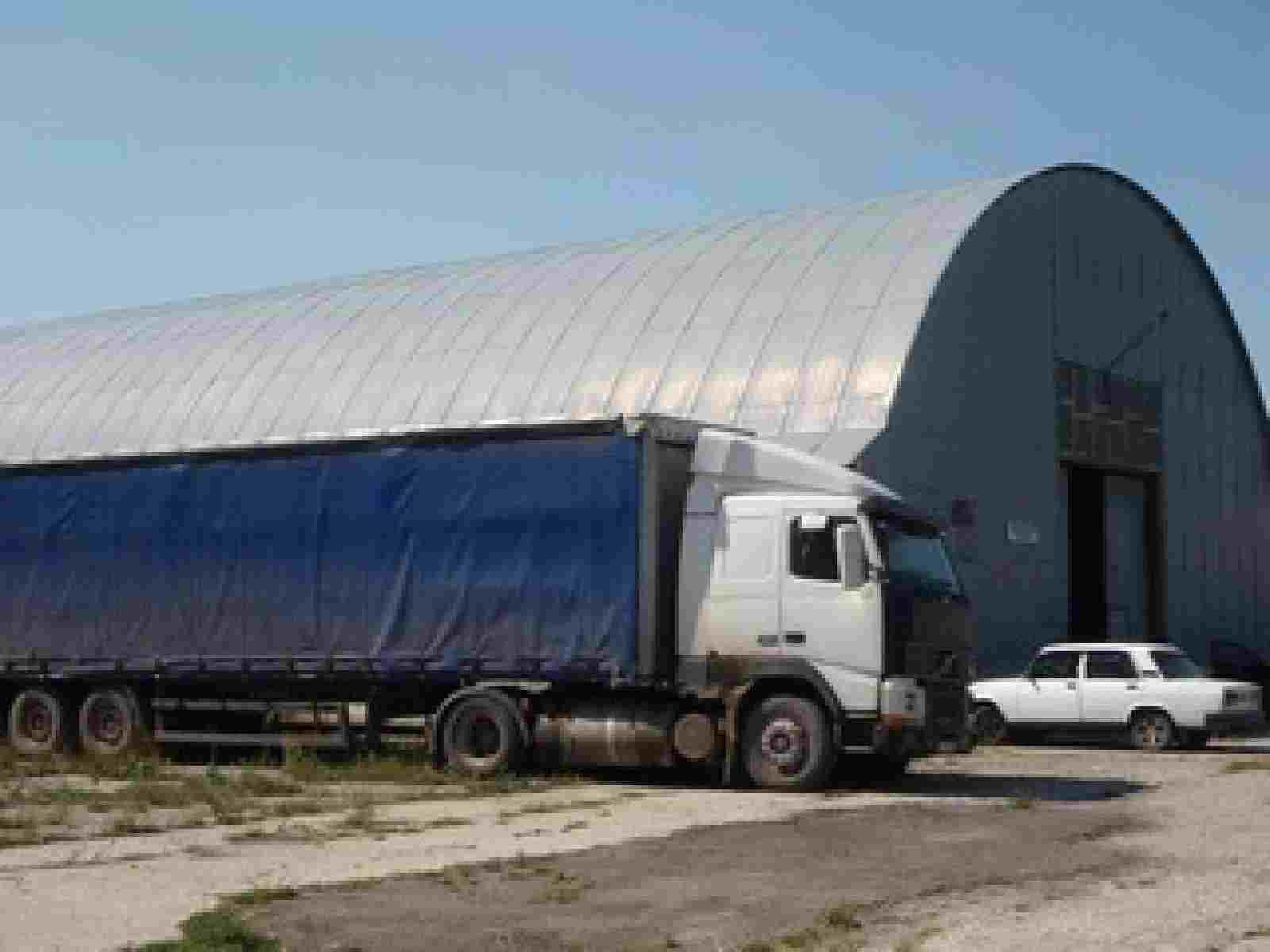 Продаю (сдаю в аренду) здание, помещение (ангар, арочник) под склад, производство.. Фото
