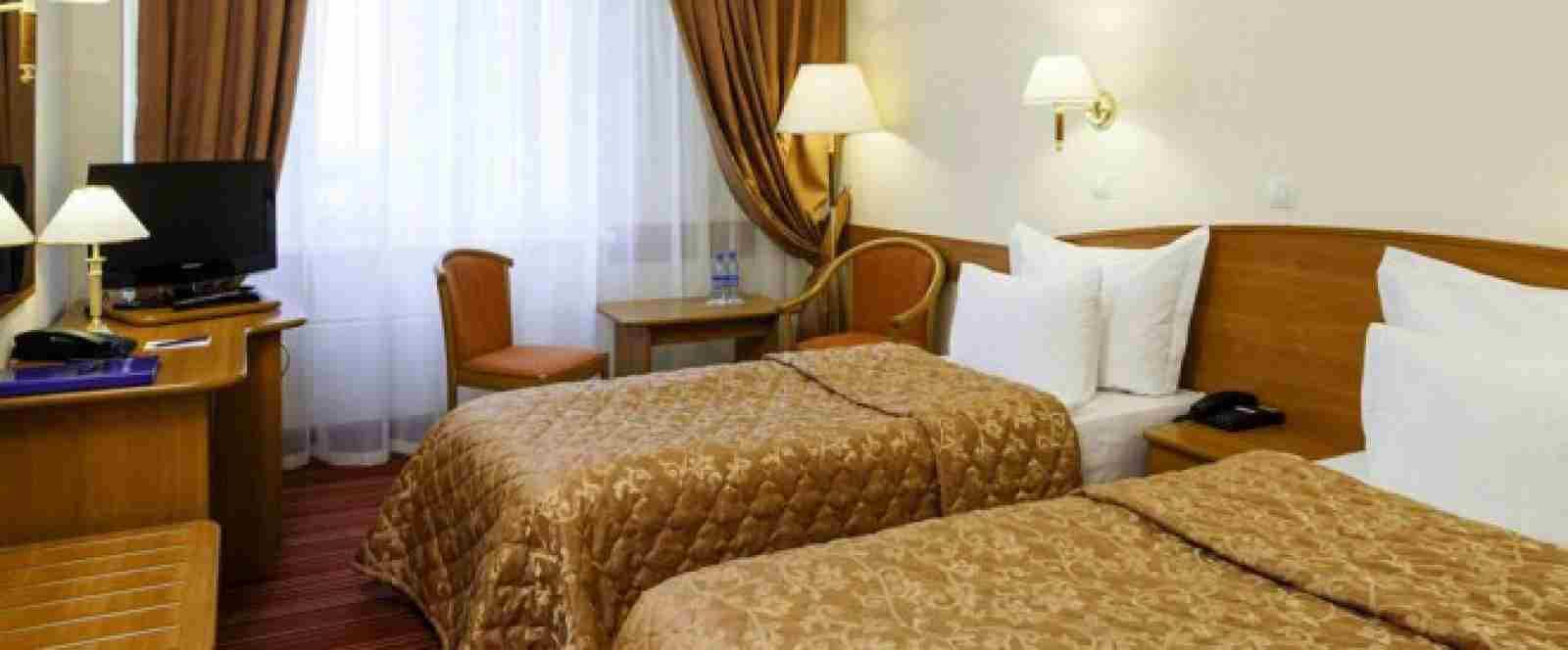 3-комнатная квартира по суткам в Речице от 45 тыс. за 1 чел. в сутки. Фото