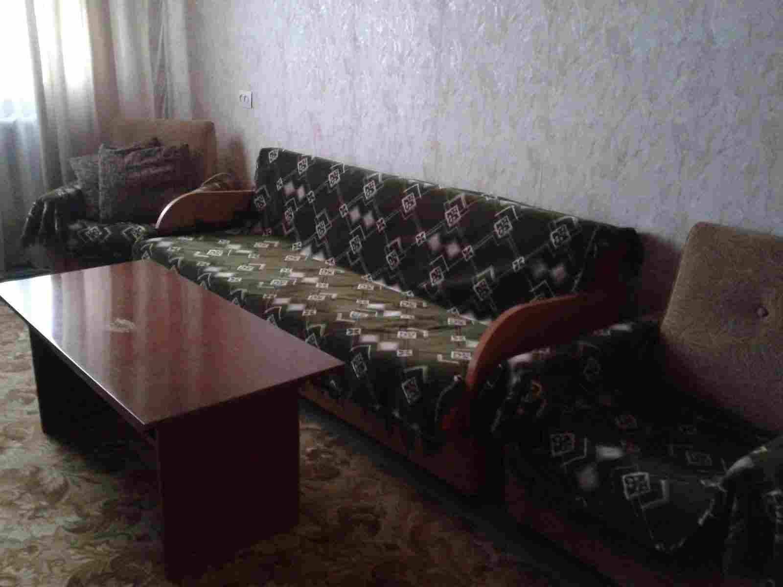 Уютная 2-комнатная квартира на сутки в г. Жодино.. Фото