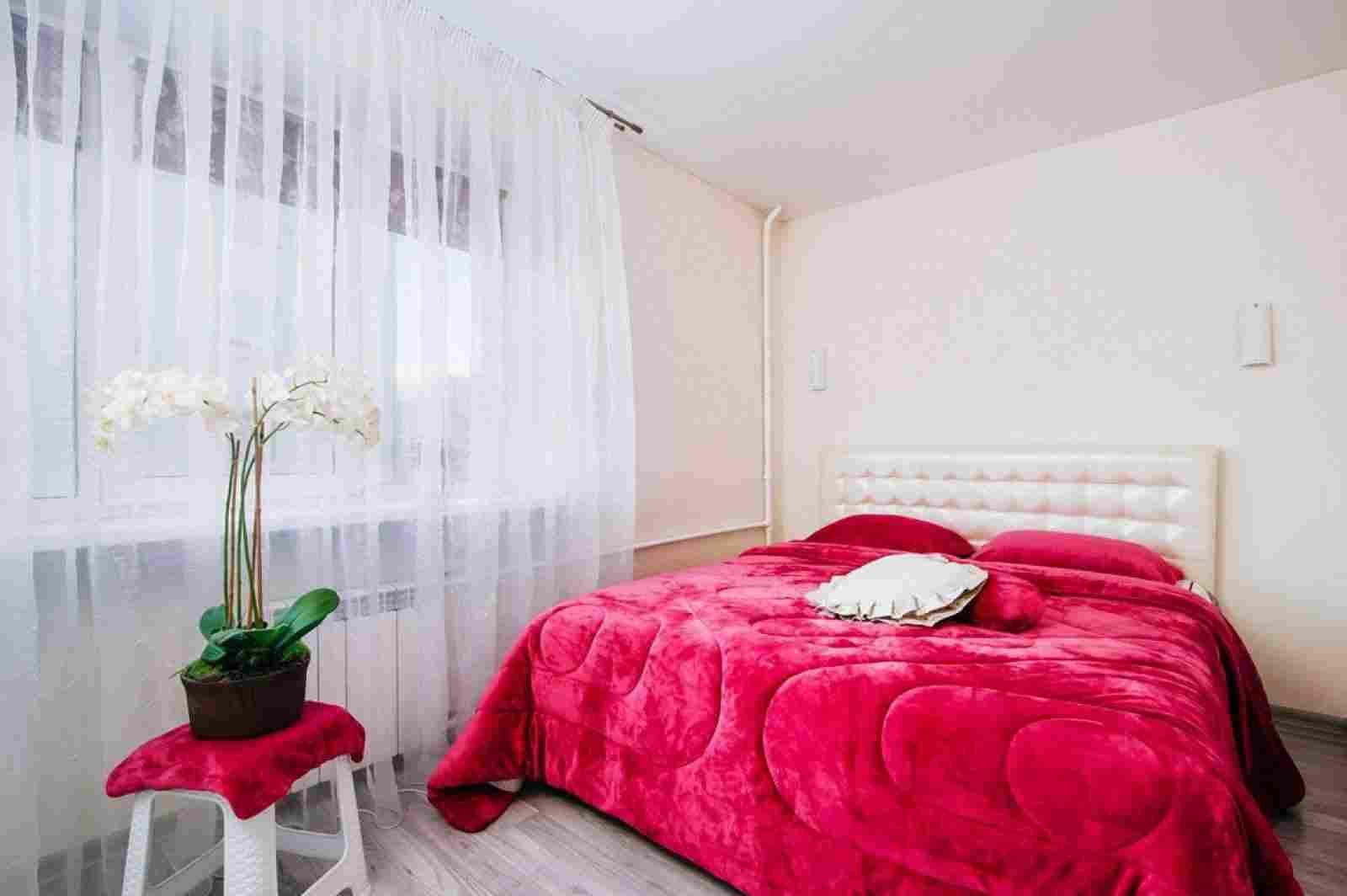 2-комнатная квартира класса люкс на сутки и часы  в центре Минска. Фото