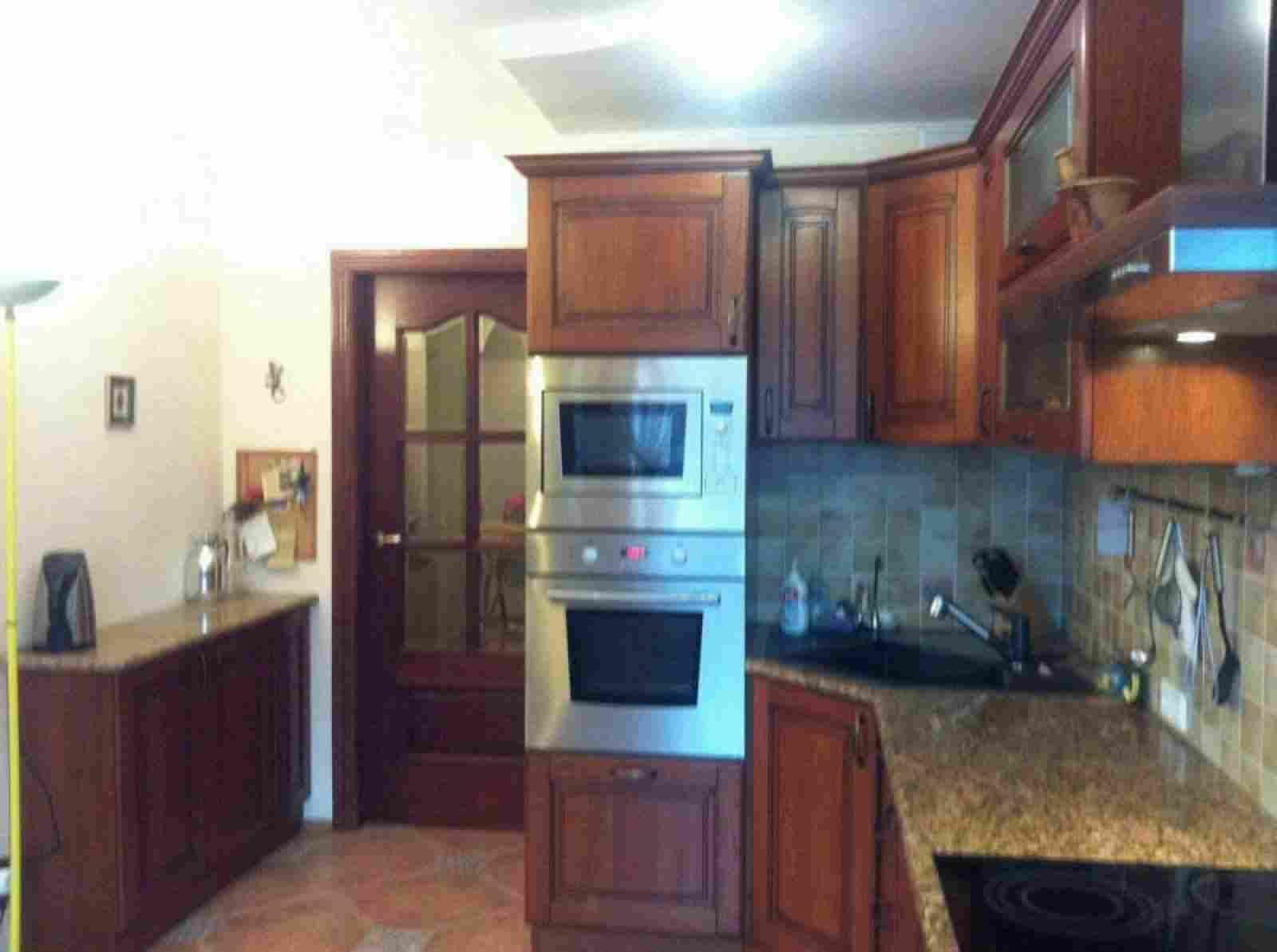 Сдам шикарную 4-х комнатную квартиру с евроремнтом по адресу Долгиновский тракт 50. Фото