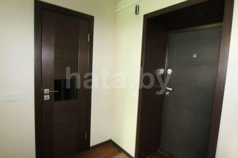 Комфортная квартира рядом с Комаровским рынком. Фото