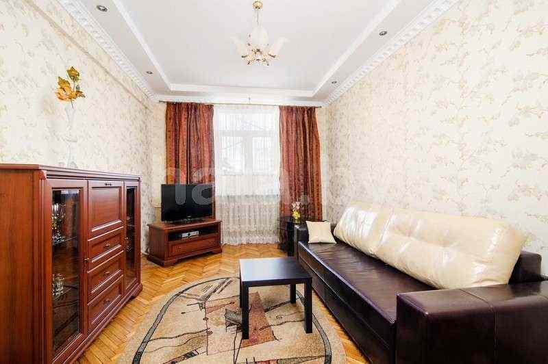 Апартаменты двухкомнатные (метро площадь Победы)